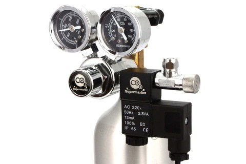 Dual gauge CO2 regulator attached to cylinder